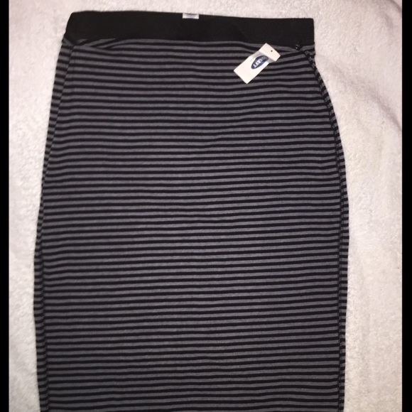 Old Navy Dresses & Skirts - ❤️NWT! OLD NAVY Women's Size XS Pencil Skirt
